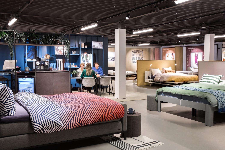 auping plaza zutphen betten boxspringbetten matratzen und unterfederungen. Black Bedroom Furniture Sets. Home Design Ideas