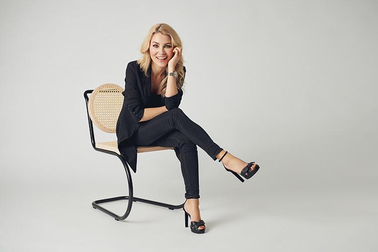 designer Eva Harlou