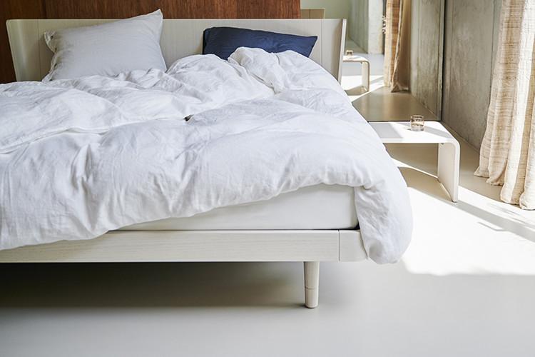 wit Noa bed in de kleur soft white oak