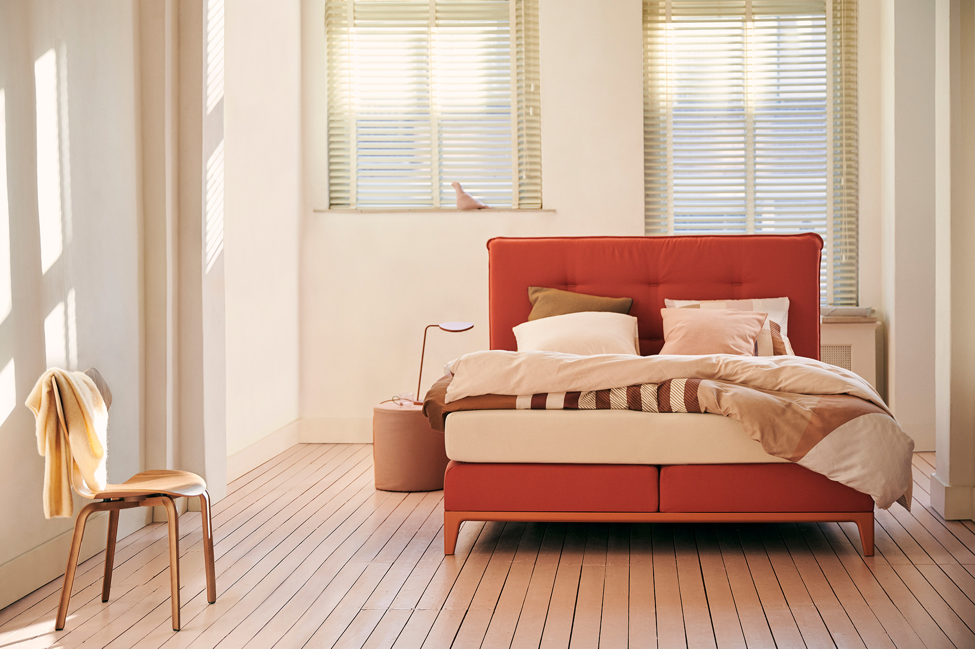 boxspring rouge