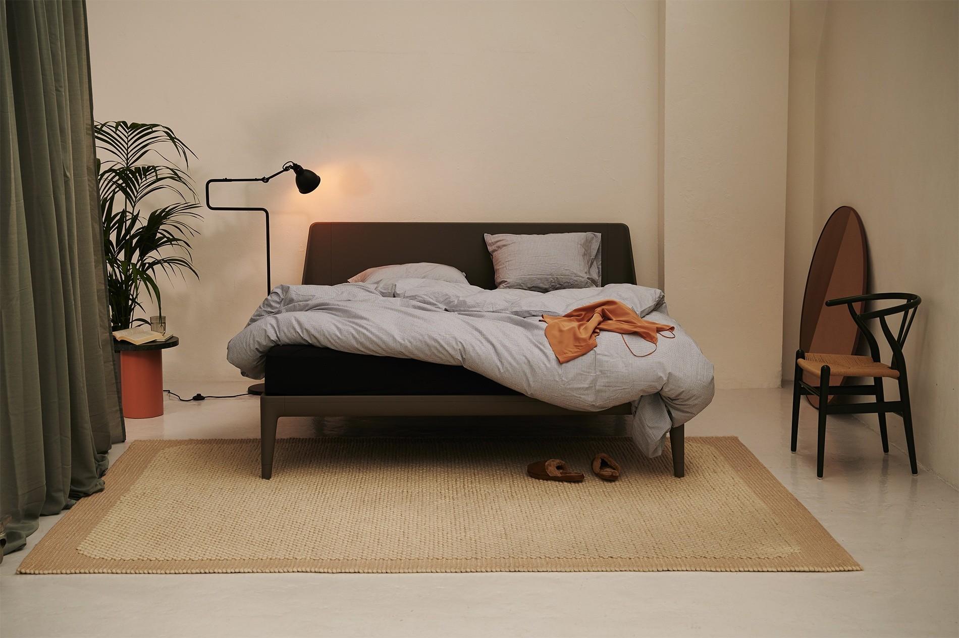een bed op maat van auping