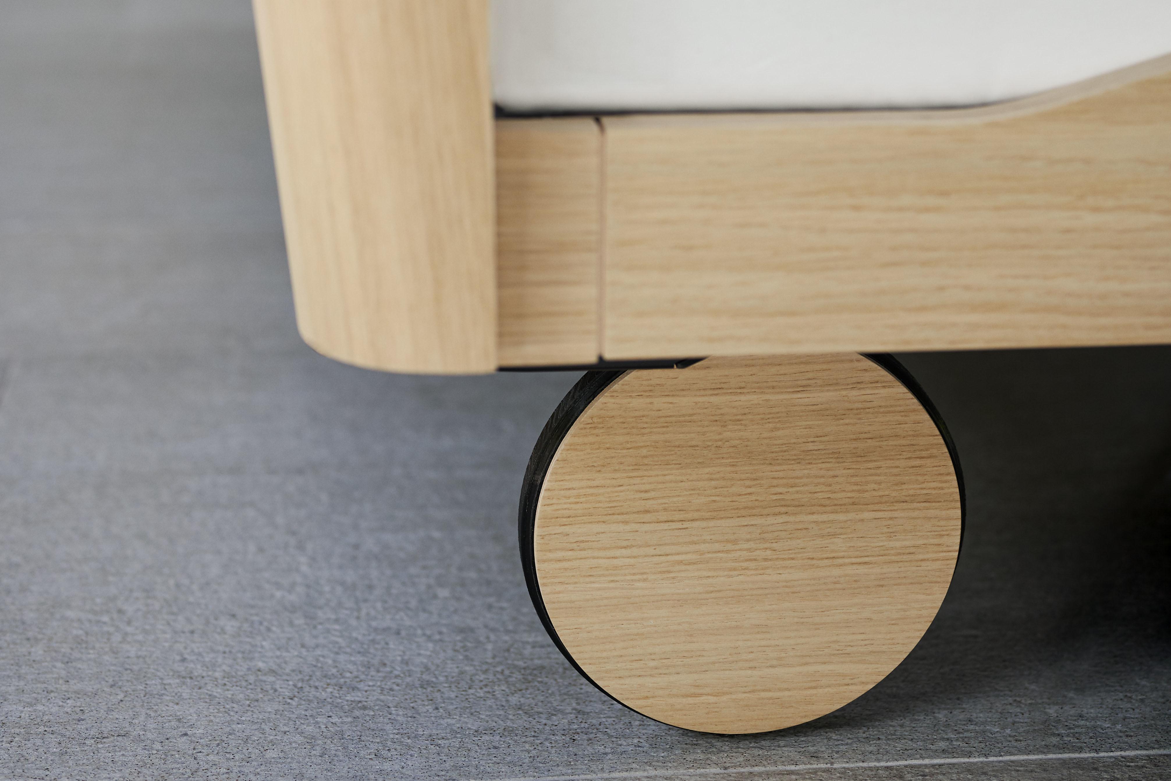 wooden wheel noa bed