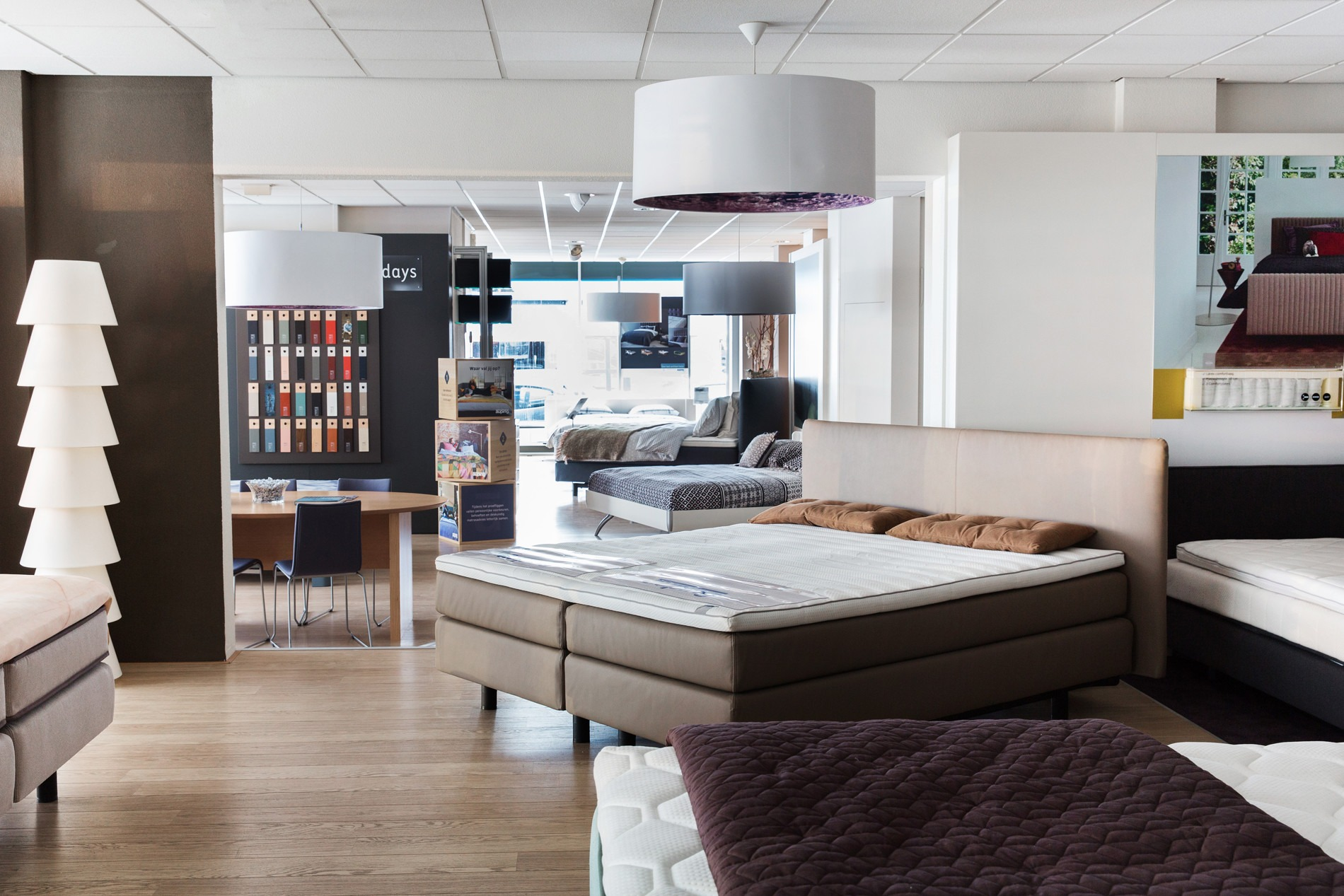 Bedden outlet rotterdam good bedden outlet rotterdam with for Goedkope kamers rotterdam
