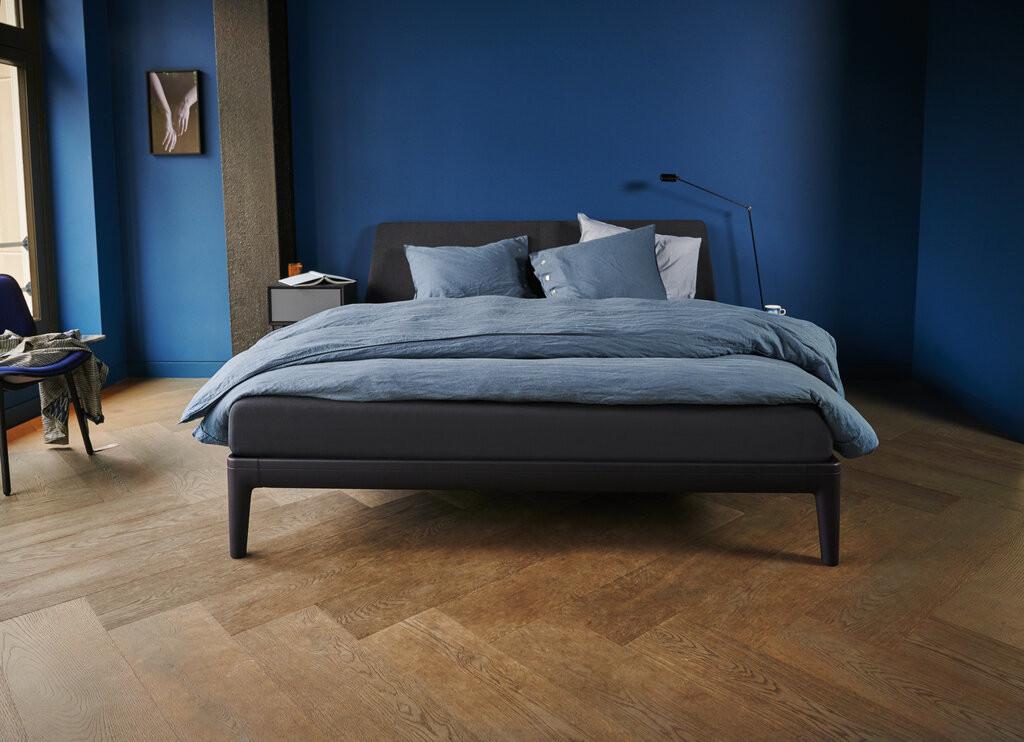 essential bed zwart